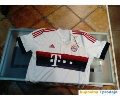 Bayern Munchen gostujuci dres