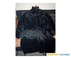 Ruska crna bunda od vestackog krzna