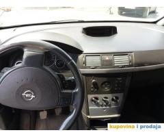 Opel Meriva 1.6, 2003 god, benzin+plin, u vrlo dobrom stanju