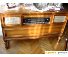 GRUNDIG muzicka komoda sa radiom i gramofonom