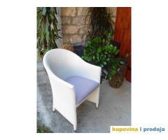 Garnitura za kuću ili ugostiteljski objekat