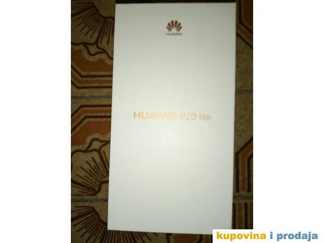 Prodajem nov Huawei P Lite nekorišćen