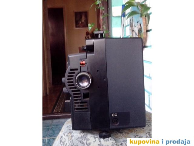 Prodaja filmske Kamere i Projektora