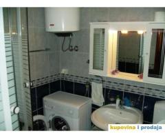 Izdajem apartman – stan u Herceg Novom