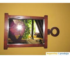 ogledalo drveno