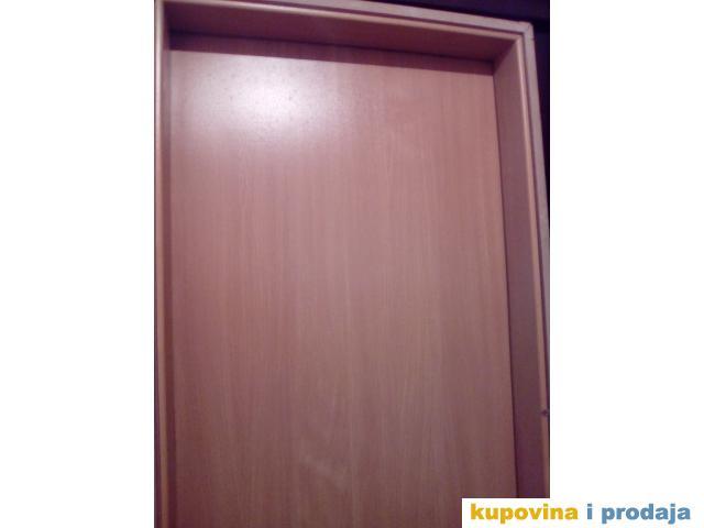 prodajem vrata