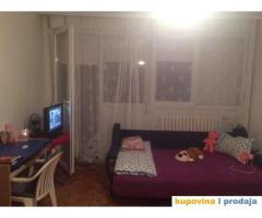 Izdajem stan za 3 studenta u Vidikovcu