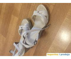 Sandale br 39 polovne