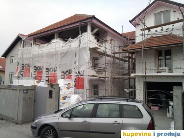Demit fasada
