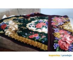 duplo ćebe ili prostirka za bračni krevet